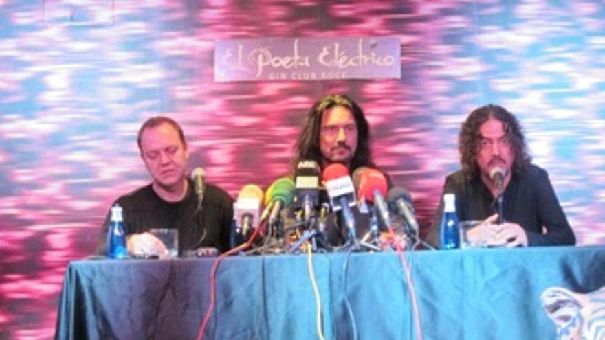 Juan Valdivia, Joaquín Cardiel Y Pedro Andreu De Héroes Del Silencio