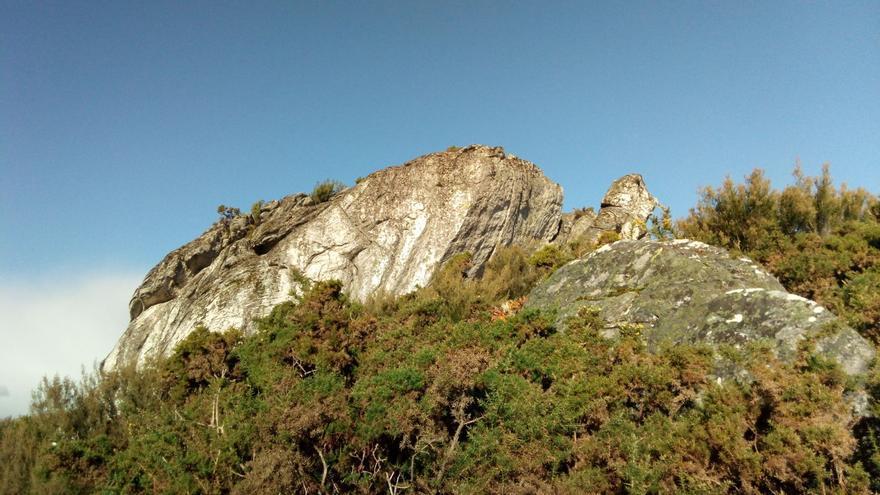 Vista del refugio paleolítico de Pena Grande, en Vilalba (Lugo)