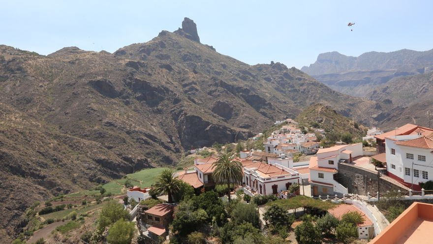Municipio de Tejeda durante los días del incendio que afectó a la cumbre.