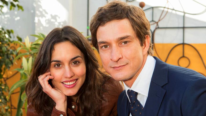 Megan Montaner y Alessandro Tiberi, protagonistas de Lejos de ti