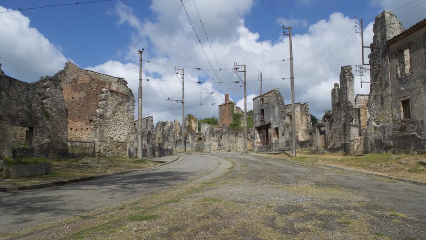 Ruinas de Oradour-sur-Glane, localidad en la que tuvo lugar la segunda masacre cometida por la División Das Reich