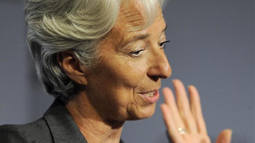 """Lagarde pide a los gobiernos convertir en """"acciones"""" el acuerdo climático de París"""