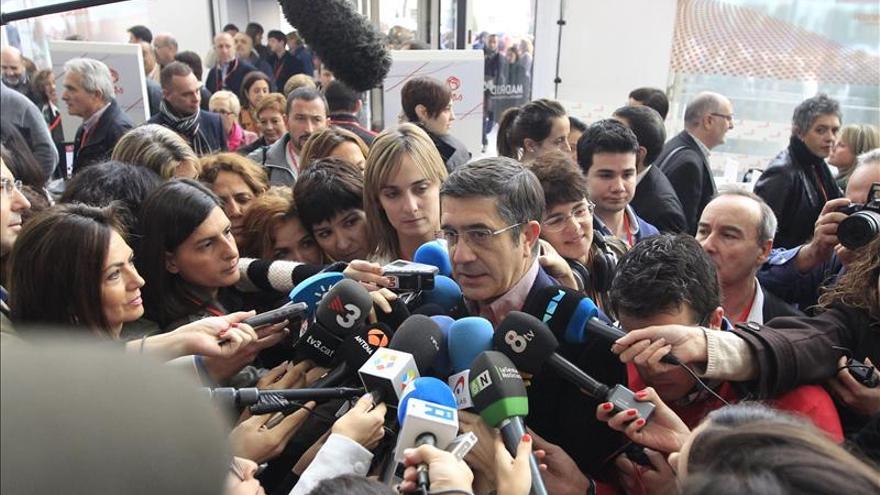 """Patxi López da por terminada la """"travesía del desierto"""" del PSOE"""