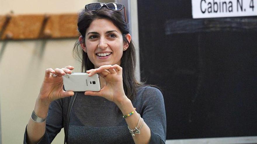 La candidata del M5S, Virginia Raggi, será la primera alcaldesa de Roma