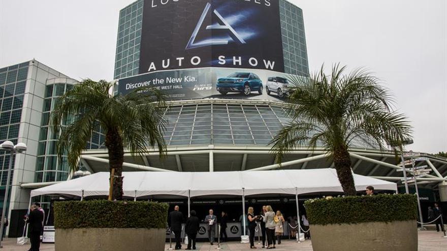 El Salón de Los Ángeles destaca los todocaminos de lujo y elevada potencia