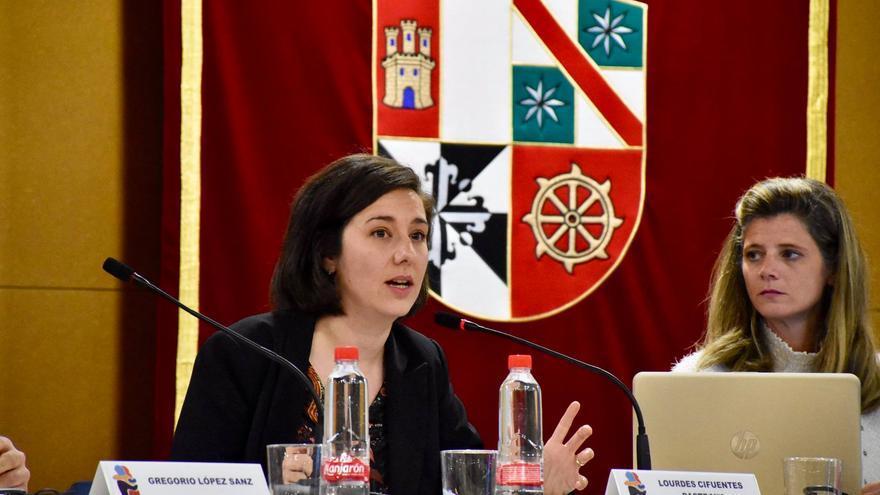 Lourdes Cifuentes en las Jornadas de Servicios Sociales de Albacete