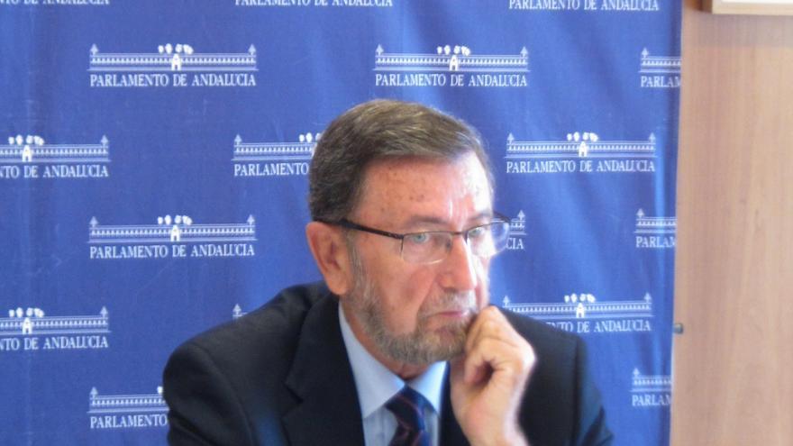 """Presidente parlamento andaluz dice que Gordillo solo busca """"notoriedad"""" y que su comportamiento no es el de un diputado"""