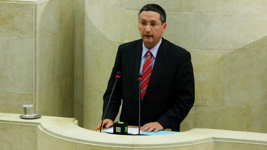 """Exdiputado Carlos Bedia ve, irónicamente, el expediente que le abrirá el PP como prueba de la """"mano tendida"""" de Buruaga"""