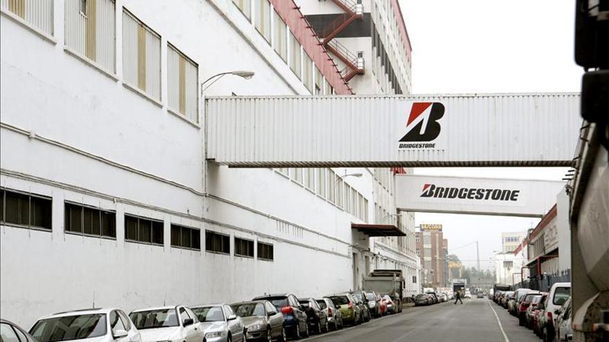 Bridgestone anuncia que revisará 1,2 millones de neumáticos defectuosos