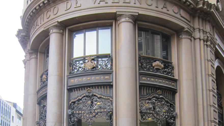 Sindicatos ven necesario reestructurar Banco Valencia y piden que prejubilaciones y bajas sean voluntarias