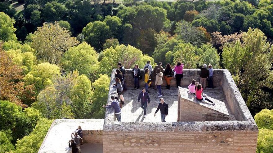 Los granadinos viven la Alhambra tras 30 de inclusión en la lista de Patrimonio Mundial