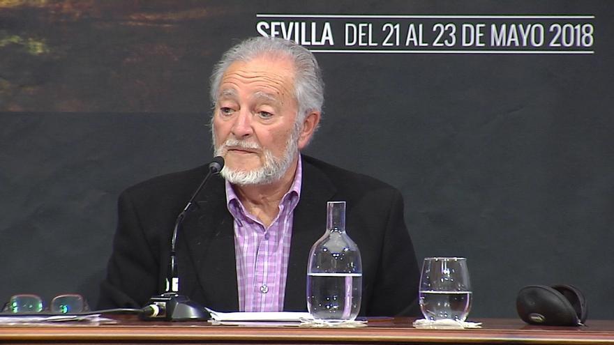 """La familia de Julio Anguita traslada su """"más sincero agradecimiento"""" por el cariño mostrado"""