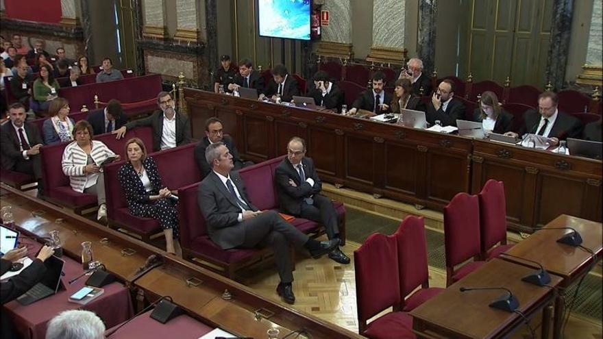 La Fiscalía se ratifica en la rebelión contra Junqueras, Forcadell y Jordis