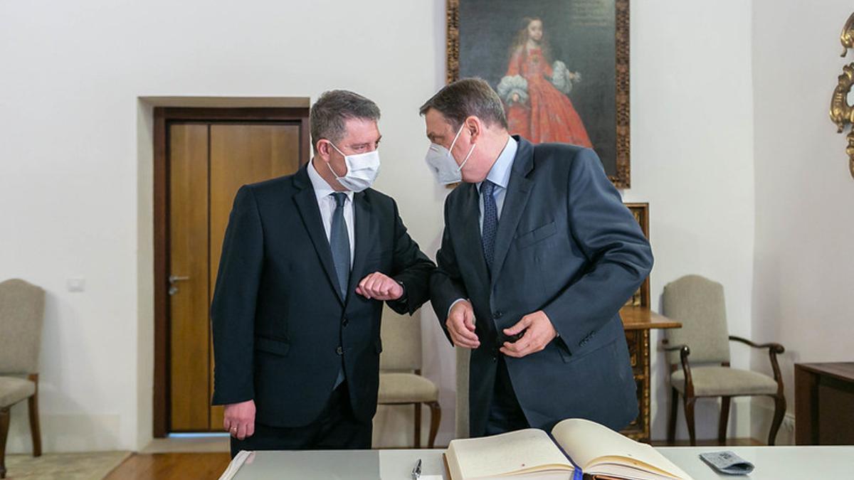 El ministro y el presidente reginal en Fuensalida