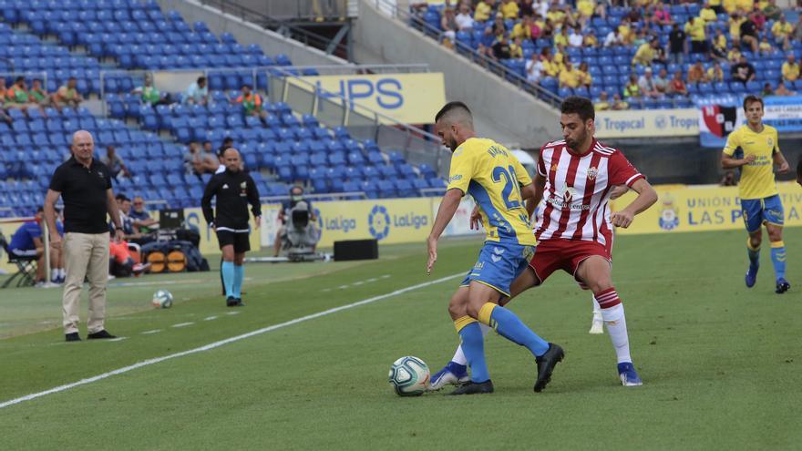 Las Palmas quiere repetir la buena imagen dada el viernes pasado en casa ante el Albacete.