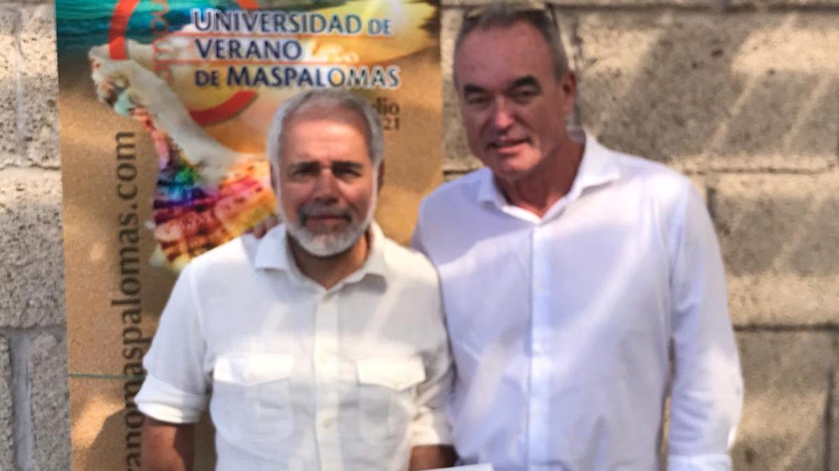 Eugenio Reyes y Pascual Calabuig, en la Universidad de Verano de Maspalomas