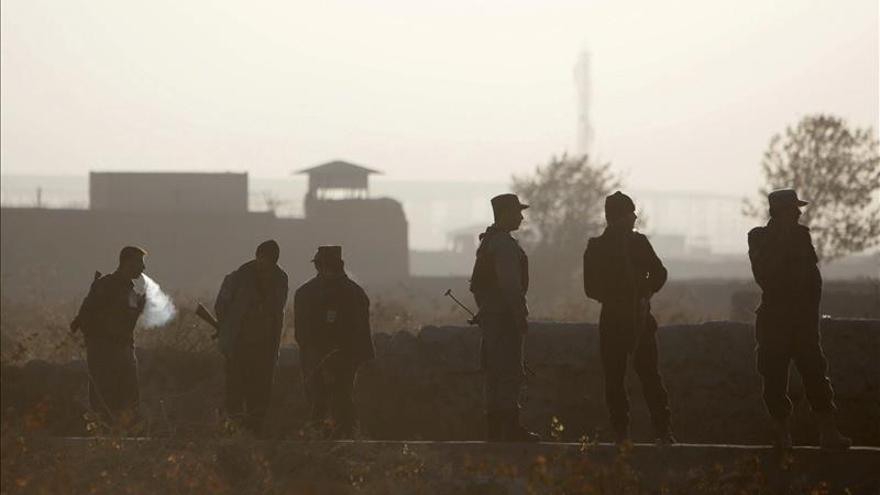 Al menos 45 muertos y más de 70 heridos en un ataque suicida en Afganistán