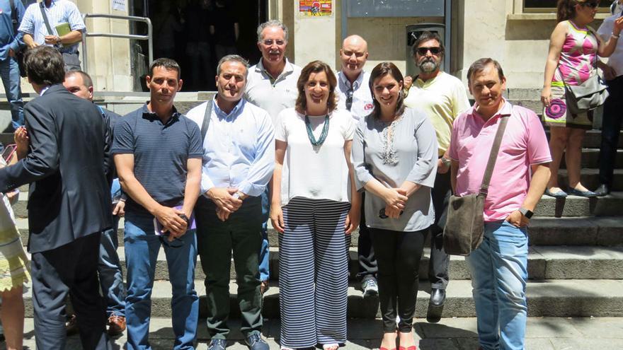 Representantes de Puertollano en la firma del acuerdo nacional