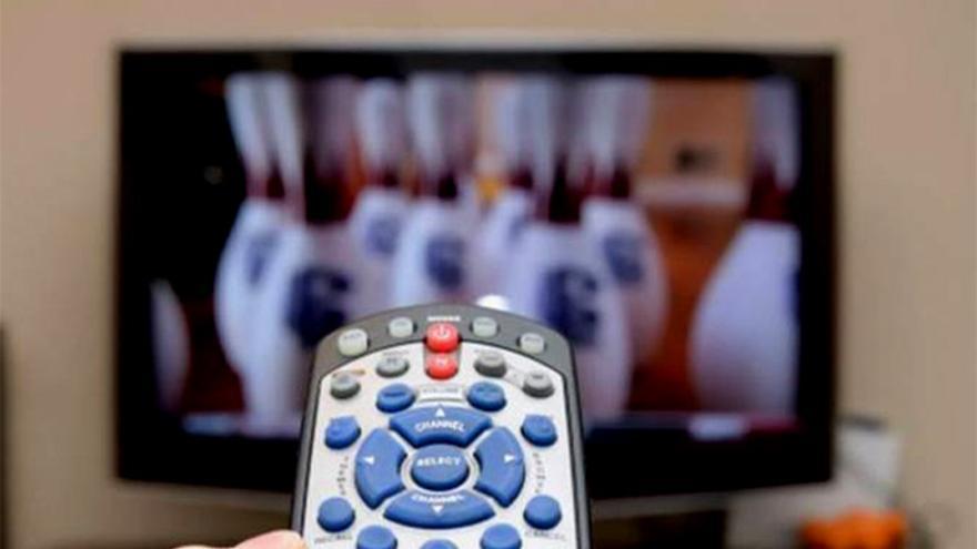 Así quedaría la televisión con un segundo apagón: Los canales que morirían y los que sobrevivirían