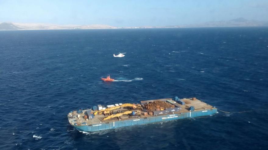 Embarcación donde viajaban las 19 personas trasladadas a Gran Canaria.