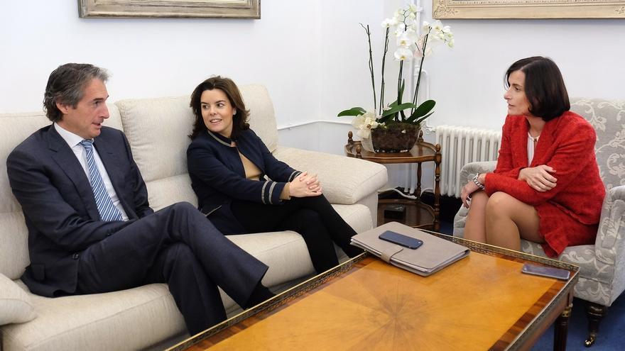 Sáenz de Santamaría refrenda el compromiso del Gobierno de España con Santander
