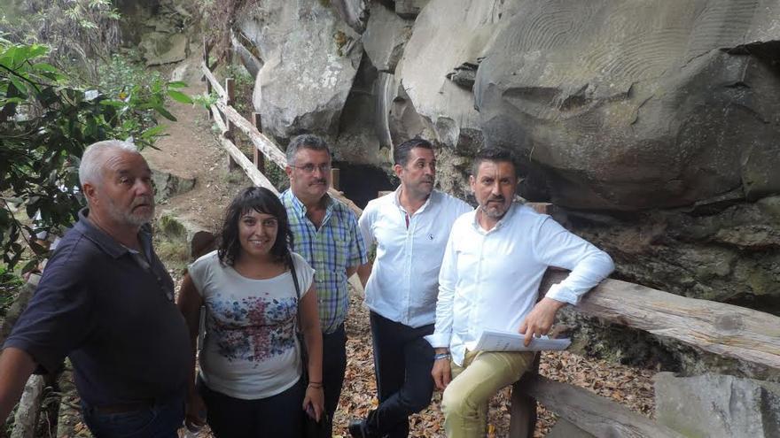 De izquierda a derecha, Argelio Hernández, Izaila Hernández, Primitivo Jerónimo, Miguel Ángel Clavijo y Martín Taño Parque Cultural La Zarza-La Zarcita.