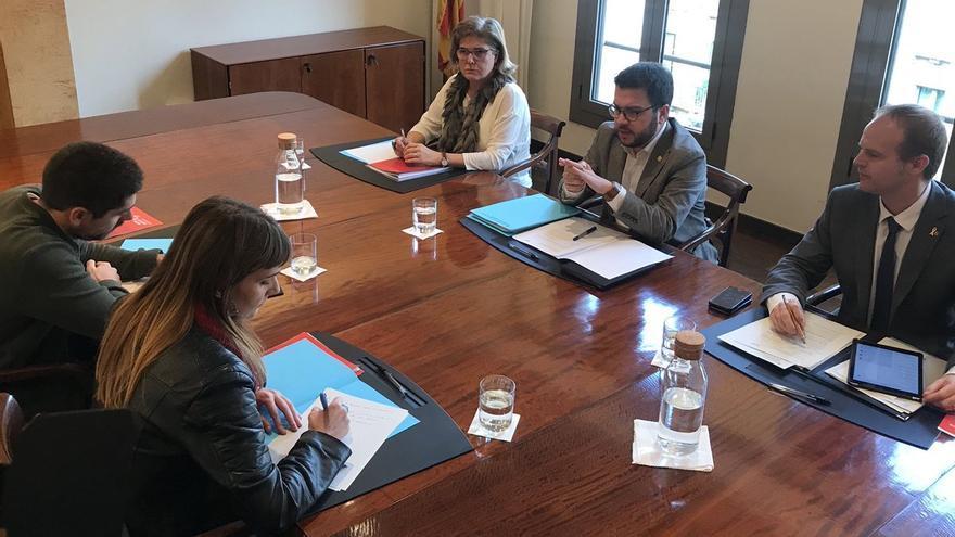 Las delegaciones del Govern y el grupo de los 'comuns' se ha reunido este jueves