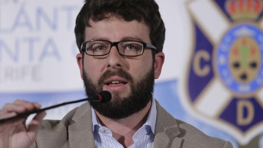 Víctor Moreno ha dotado de mayor juventud a la plantilla blanquiazul