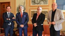 Visita de Román Rodríguez al Cabildo de La Palma.