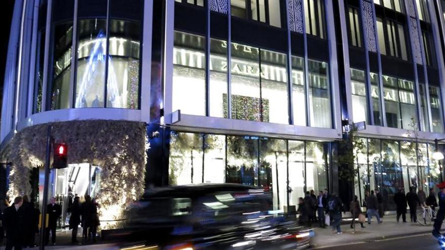 Inditex gana el 22 por ciento más en 2012 de la mano de China y América