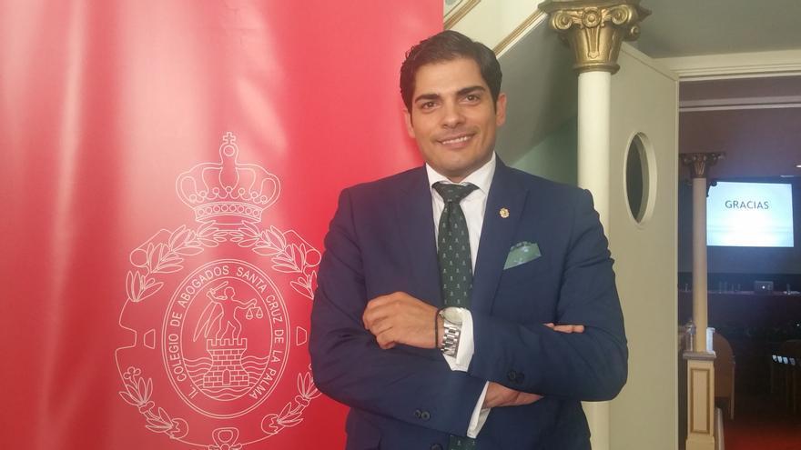 El abogado Tóvar Oliver este viernes en el Teatro Chico. Foto: LUZ RODRÍGUEZ.