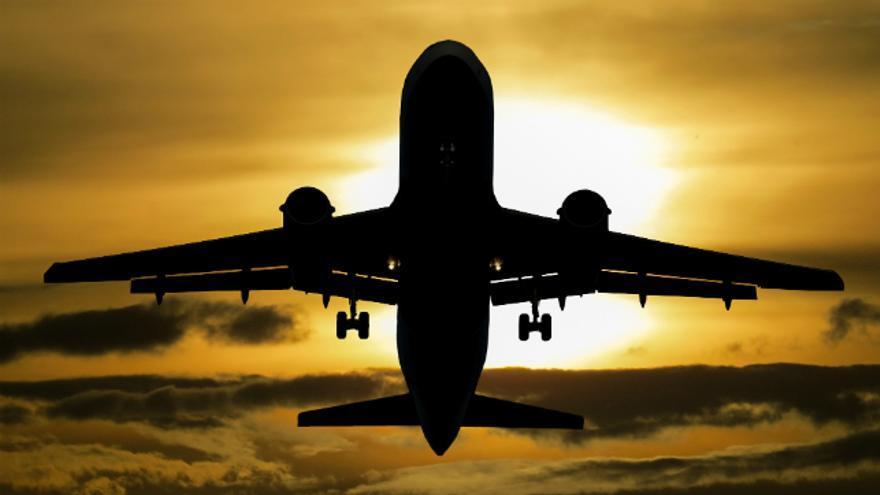 El efecto de los aviones en el turismo sostenible