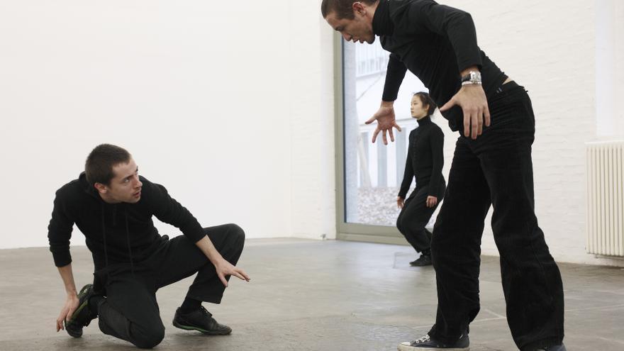 'Una exposición coreografiada', una muestra que reúne obras de artistas de fama internacional