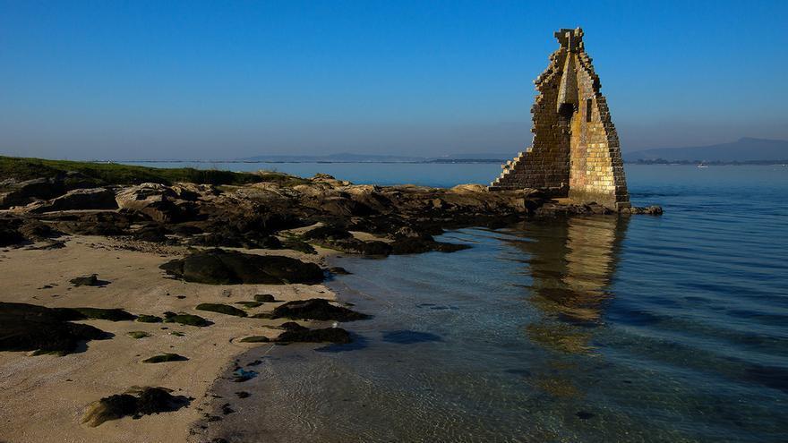 Ruinas de la torre de San Saturniño (Cambados).