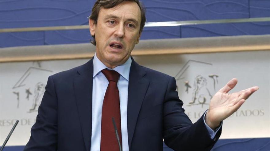 """Hernando avisa que si los independentistas """"vuelven a las andadas"""" habrá 155"""