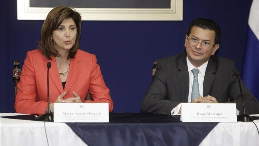 Colombia y El Salvador acuerdan impulsar y diversificar su cooperación bilateral