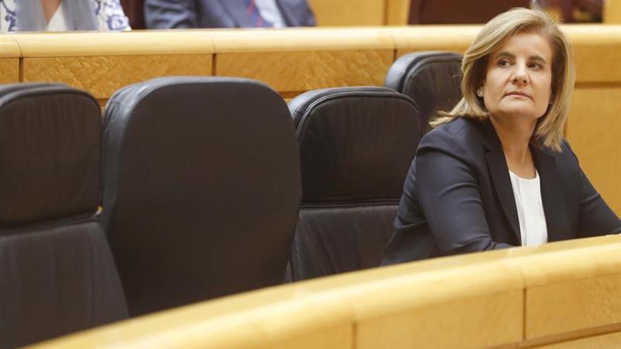 Bañez propone una ayuda de 430 euros mensuales a jóvenes en contrato de formación