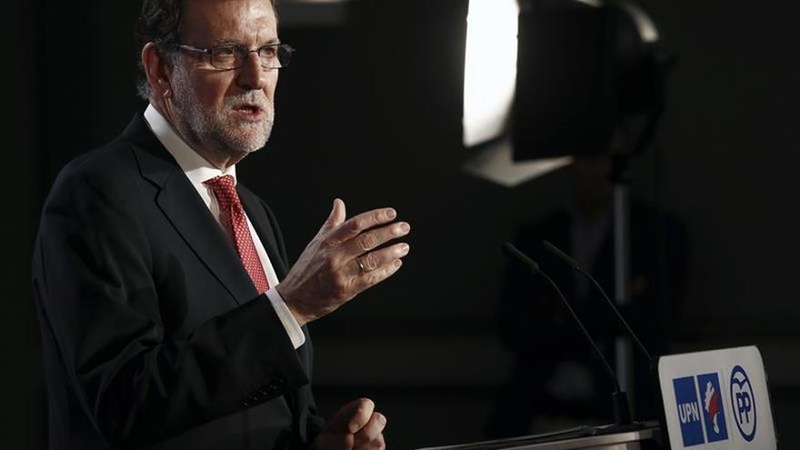 """Rajoy dice que una coalición de """"extremistas y radicales"""" no conviene al país"""