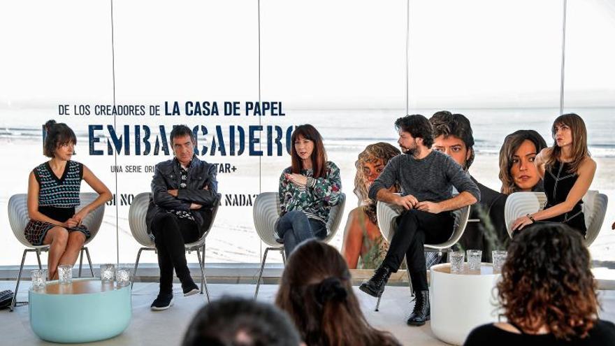 """Los prejuicios del poliamor dominan """"El embarcadero"""", nueva serie de Movistar+"""