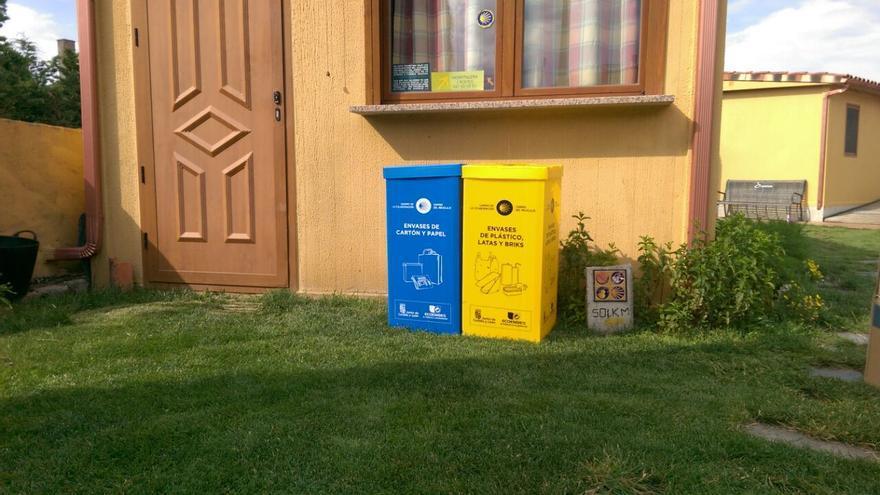 No te olvides del reciclaje mientras haces el Camino de Santiago. /Foto: Ecoembes.