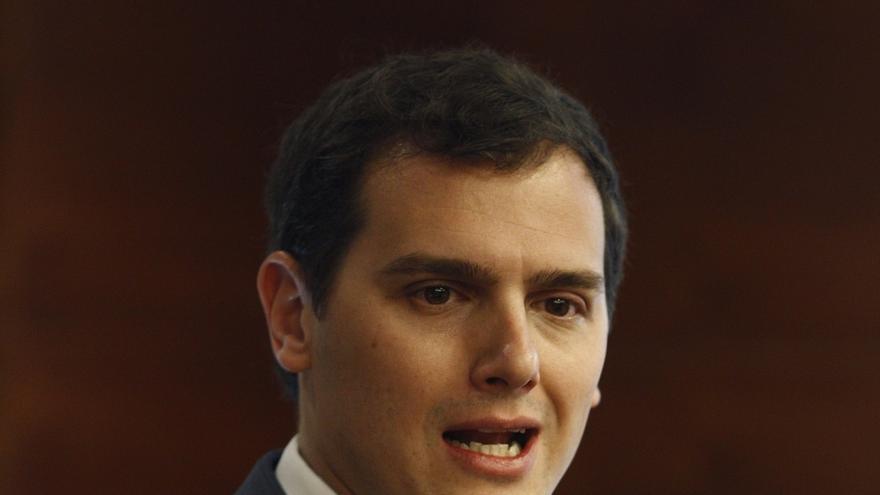 Rivera dice que la voluntad de cambio será determinante para que Ciudadanos decida si pacta con PP o con PSOE