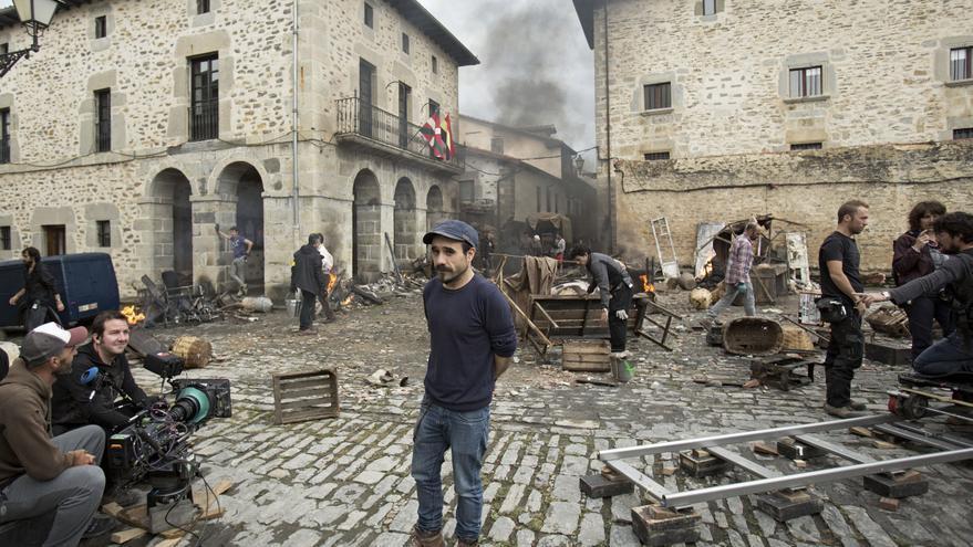 """Koldo Serra durante el rodaje de """"Gernika"""""""