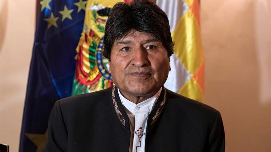Evo Morales envía sus condolencias a Rusia por las muertes en un accidente aéreo