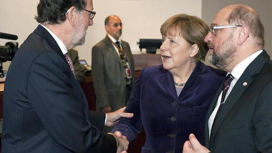 Rajoy agradece muestras de apoyo y solidaridad de Merkel y otros líderes
