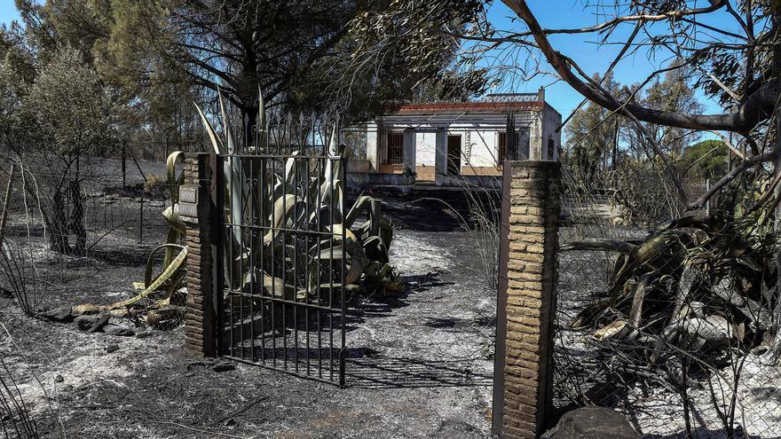Controlado el incendio de Villarrasa (Huelva) que sube su perímetro hasta 870 Has