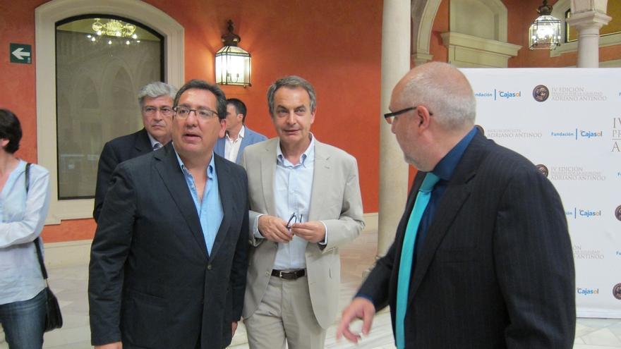 """Zapatero apela al deber de los partidos para formar el gobierno andaluz por """"responsabilidad democrática"""""""