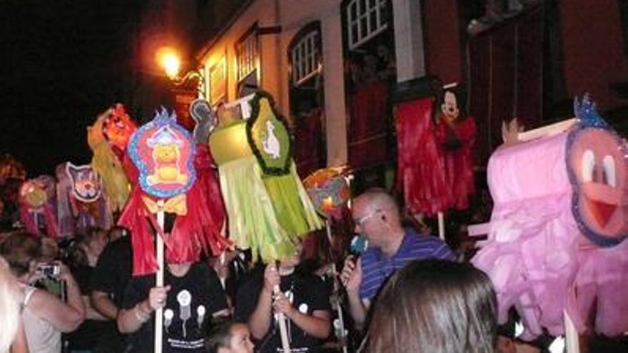 Imagen de archivo del desfile de la Pandorga de 2010.