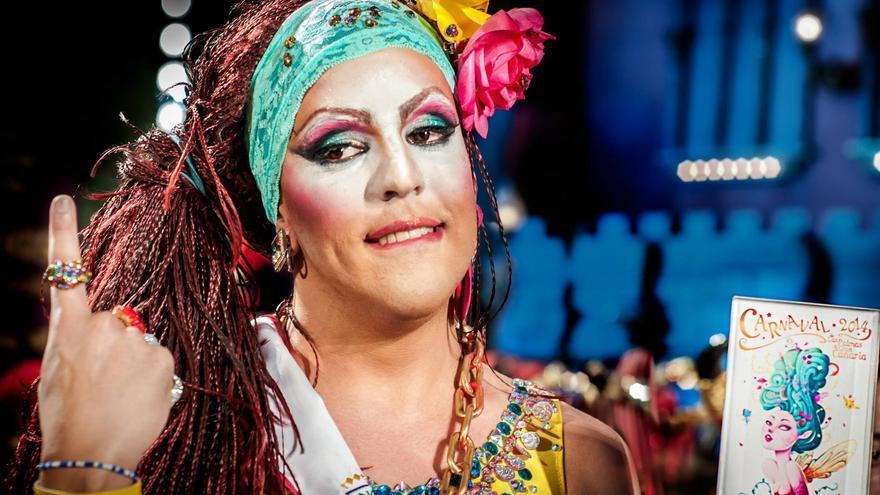 Drag Grimassira Maeva. Foto Óscar SnA
