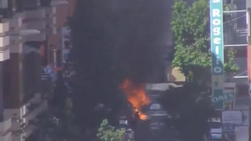 Imagen de los contenedores ardiendo en Las Palmas de Gran Canaria