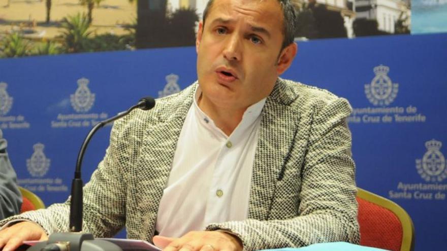 José Manuel Corrales en un rueda de prensa. / EFE